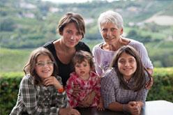 Ada Nada con Anna Lisa Nada e le figlie Elisa Serena e Ginevra